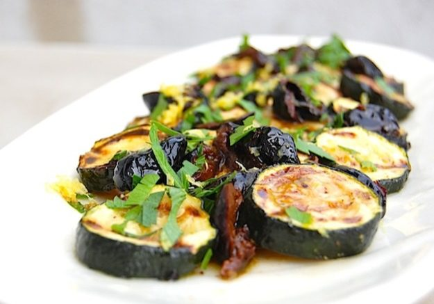 20120711-grilled-zucchini-4-thumb-625xauto-254581