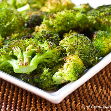 Roasted_Broccoli_with_Lemon-2-580